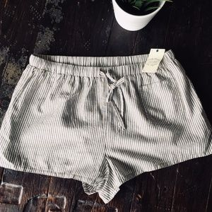 LUCKY BRAND Woven Boxer Pajama Shorts LARGE NEW